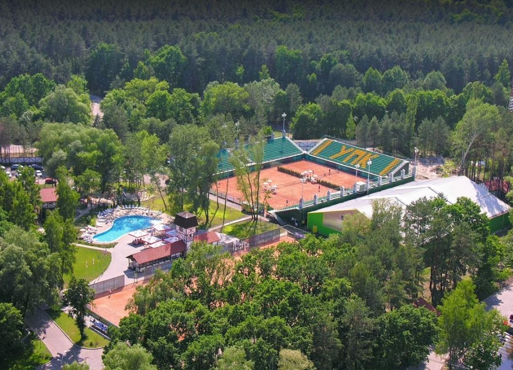 Контакты отельный комплекс Selena Family Resort в Черкассах