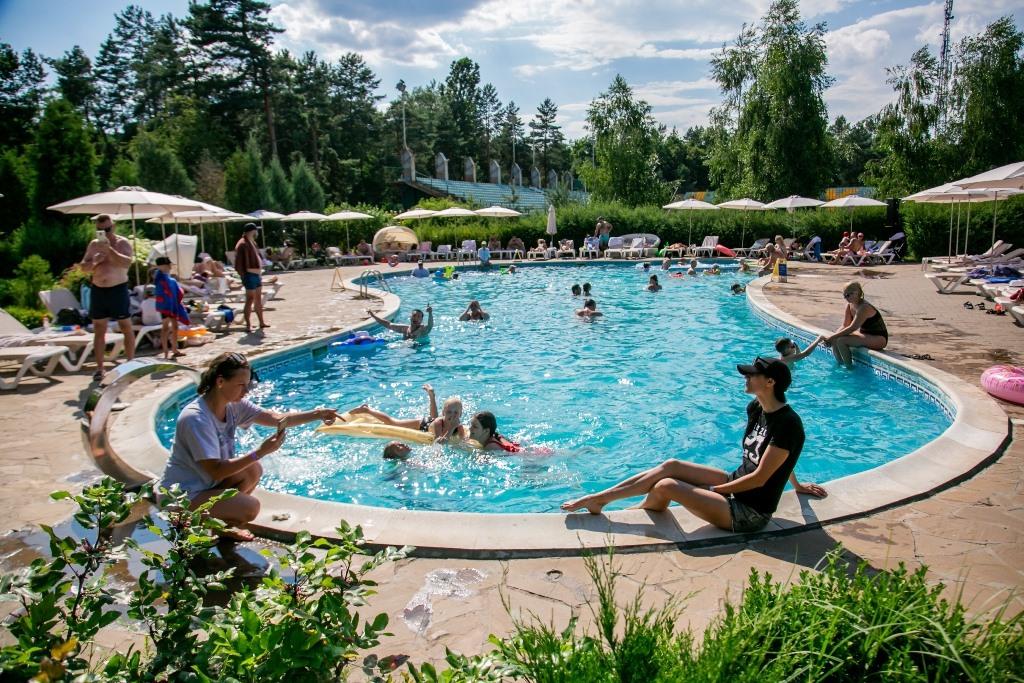 открытый бассейн Черкассы