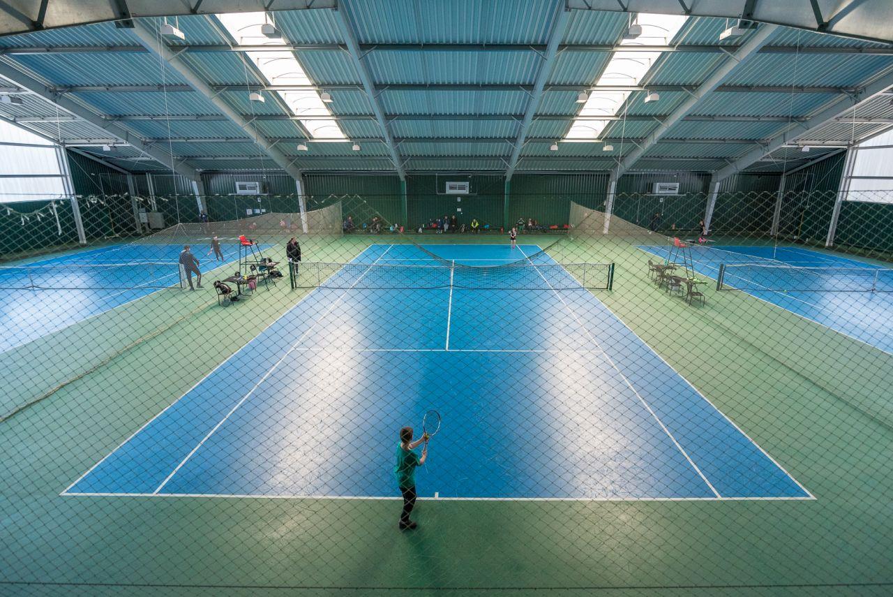 Теннис в Черкассах
